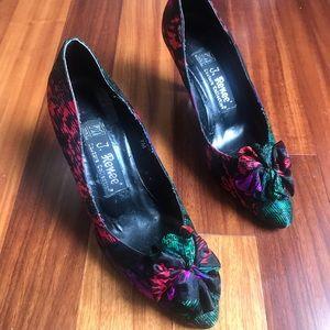 Vintage J Renee multicolored heels